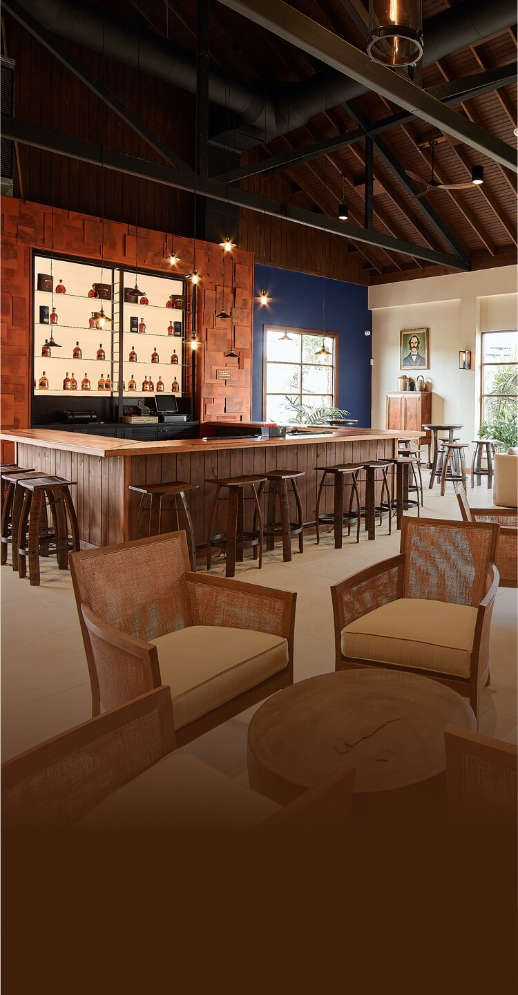 The Black River Lounge And Bar